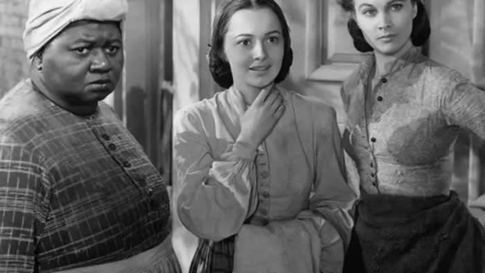 Vivien Leigh, Olivia de Havilland (C) et Hattie McDaniel dans une scène du film «Autant en emporte le vent», en 1939. Photo by Mondadori via Getty Images