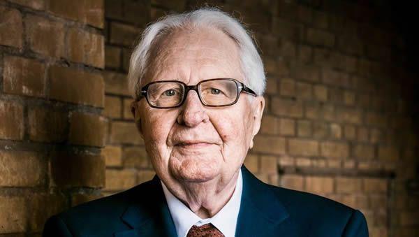 Le politicien allemand influent Hans-Jochen Vogel décède à l'âge de 94 ans