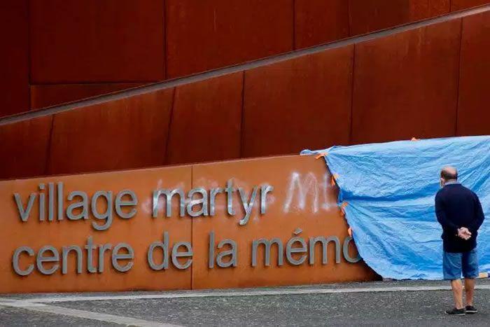 Le Centre de la mémoire d'Oradour-sur-Glane, près de Limoges, où 642 personnes ont été massacrées par des SS le 10 juin 1944. PASCAL LACHENAUD / AFP