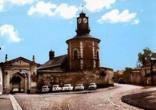 Entrée de la Manufacture Royale des Glaces de et à Saint-Gobain