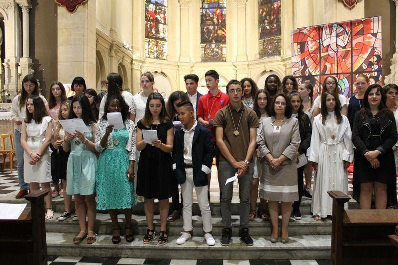Hayange : Confirmation de 30 jeunes et de 4 adultes
