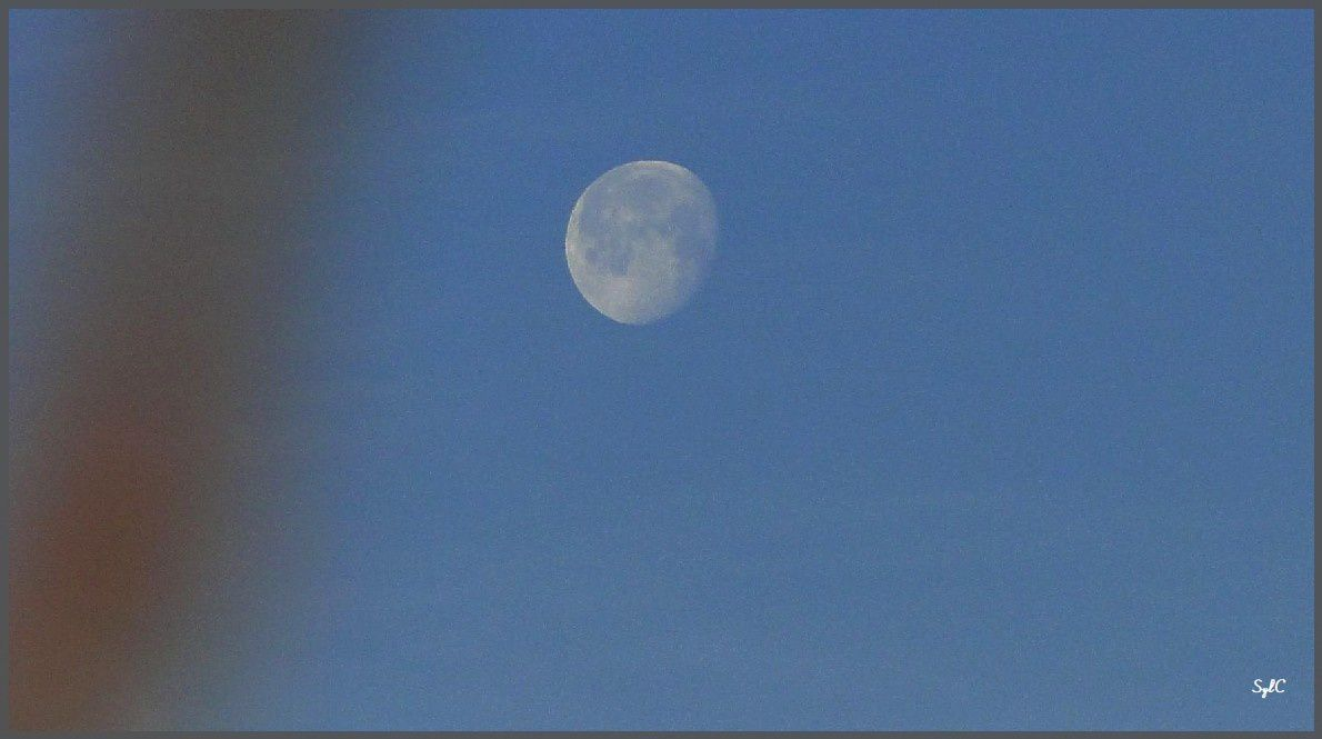 Etre dans la lune...