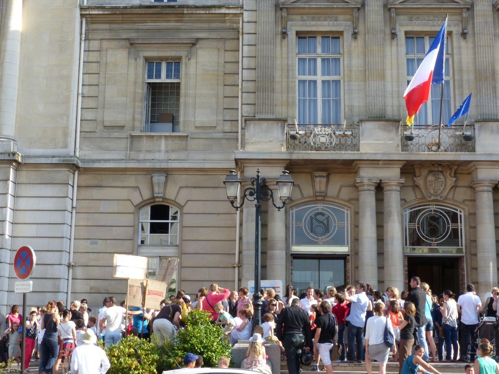 Soirée du 25/06/2015 Conseil municipal de Saint Maur des fossés....Il fait très chaud !
