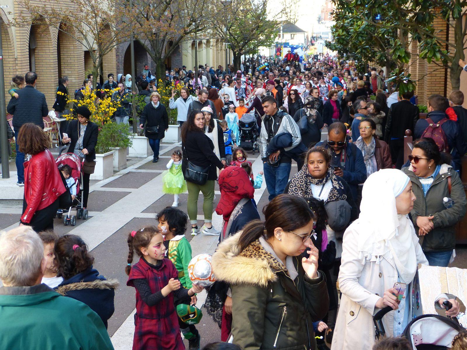 Carnaval de Cachan du 25 mars 2017....merci à tous pour ces moments festifs.
