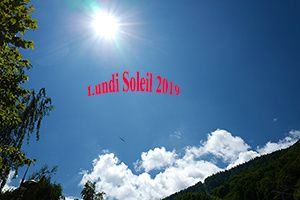Lundi Soleil : Bleu ciel