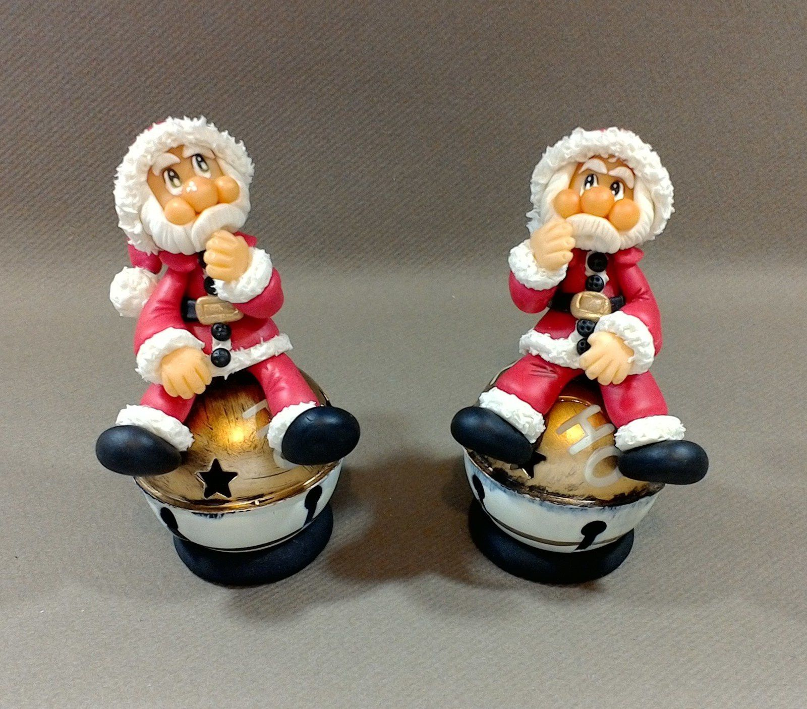 Boule de Noël grelot avec Père Noël