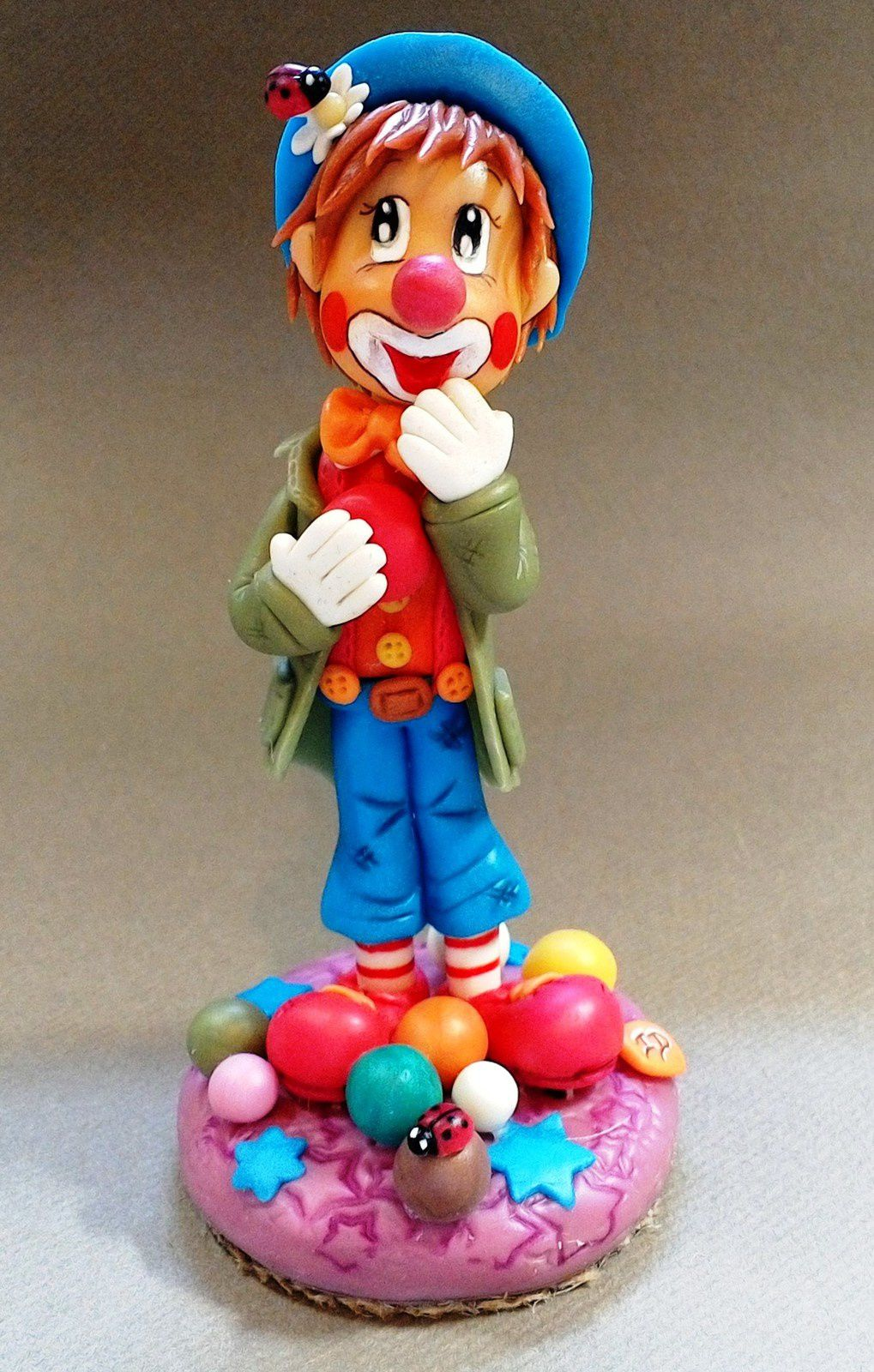 Clown en porcelaine froide