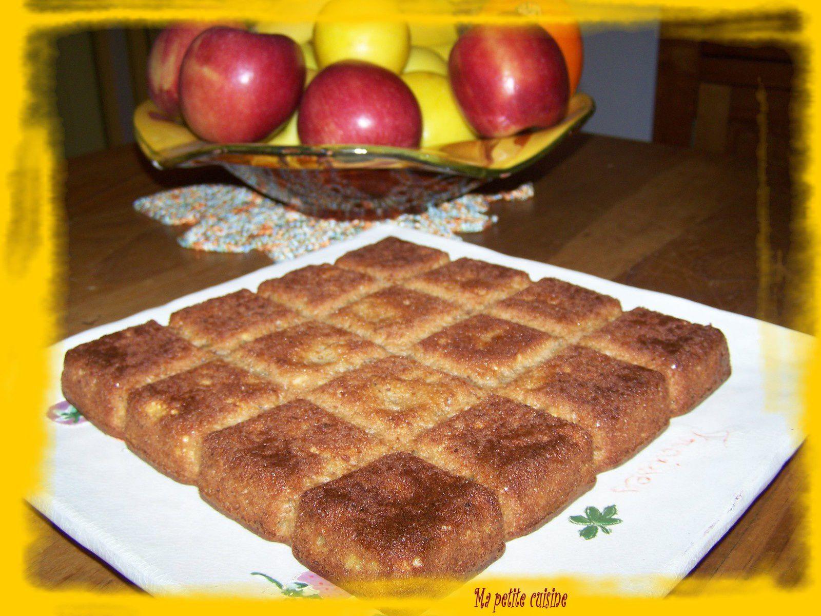 Gateau aux pommes, noix et canelle