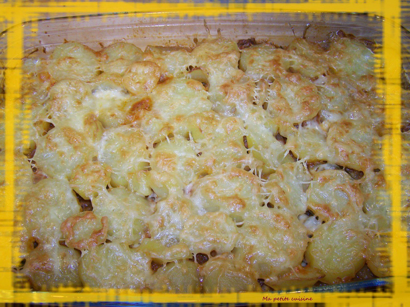 Gratin de viande hachée et de pommes de terre à l'orientale