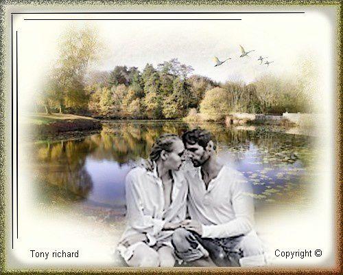 L'encre s'est déposée comme des baisers figés Création par Tony richard pour le poème Confessions intimes. Tous droits réservés