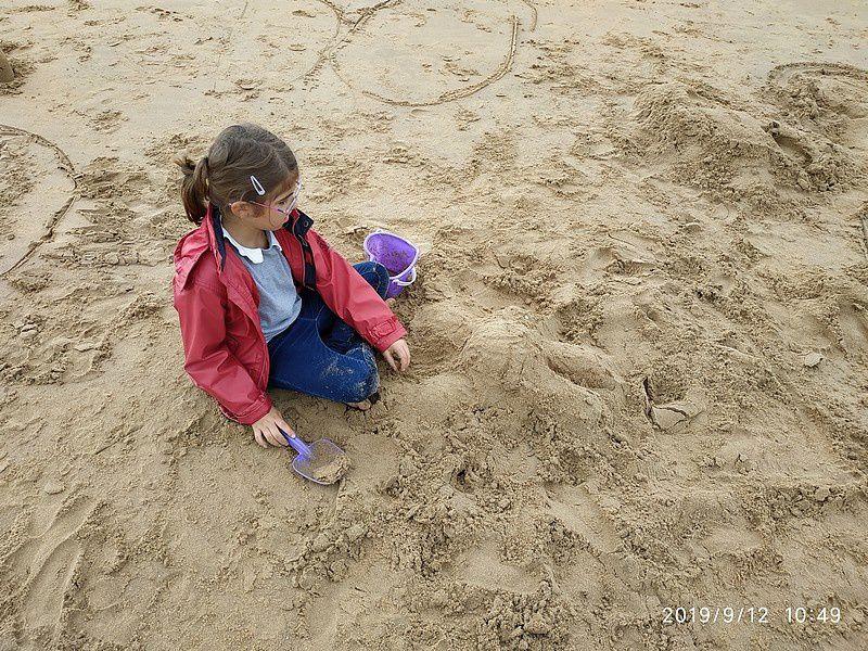 Land Art sur la plage de Châtel