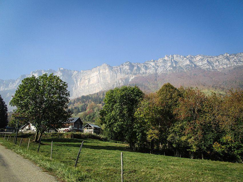 Samedi 20 Octobre L'automne sur le Plateau des Petites Roches & Rallye du Grand Lemps