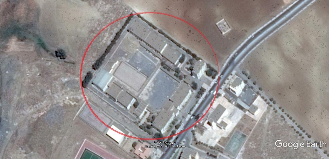 Lycée d'El Hachimia vu par satellite.(Google earth).
