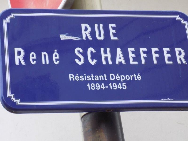 une rue pas comme les autres, pas vrai René ? PH CLP.
