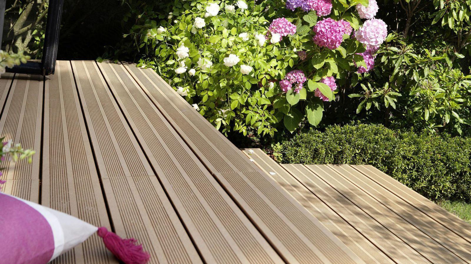 Percarbonate De Sodium Pour Terrasse Bois misterbricolo fabrique sa terrasse de jardin en bois