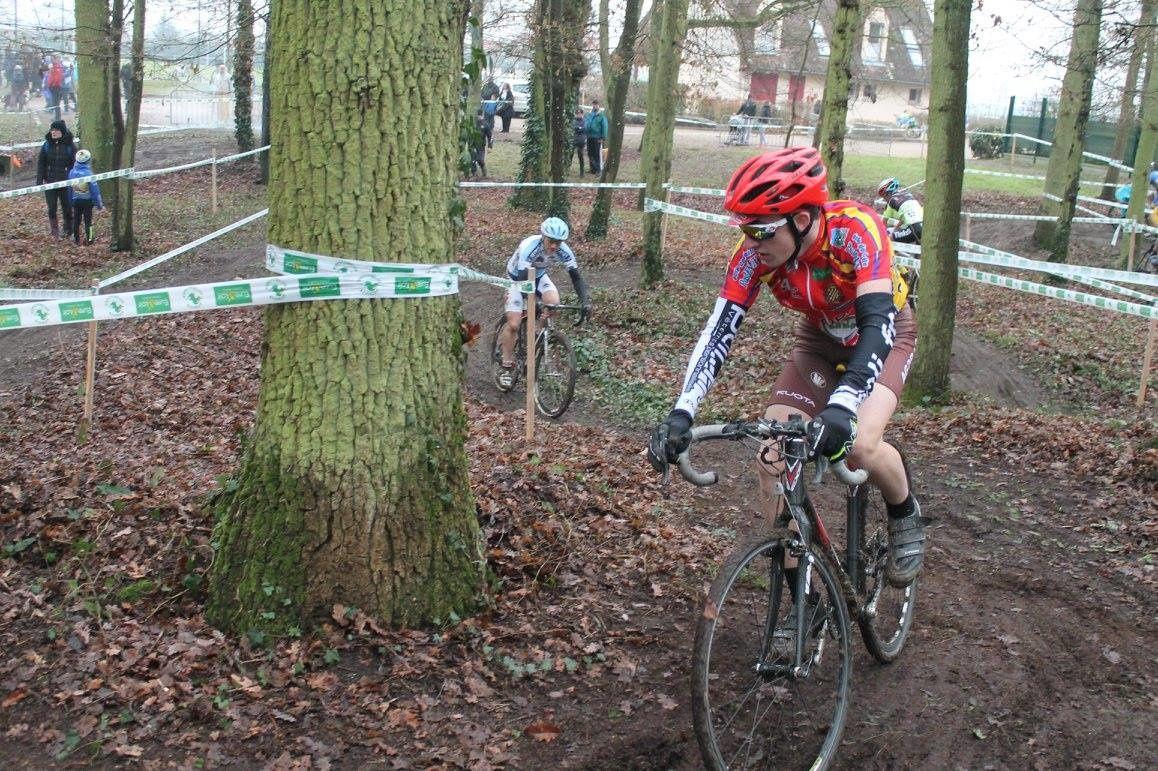 Maxime 3ème au cyclo-cross du Coudray (28)