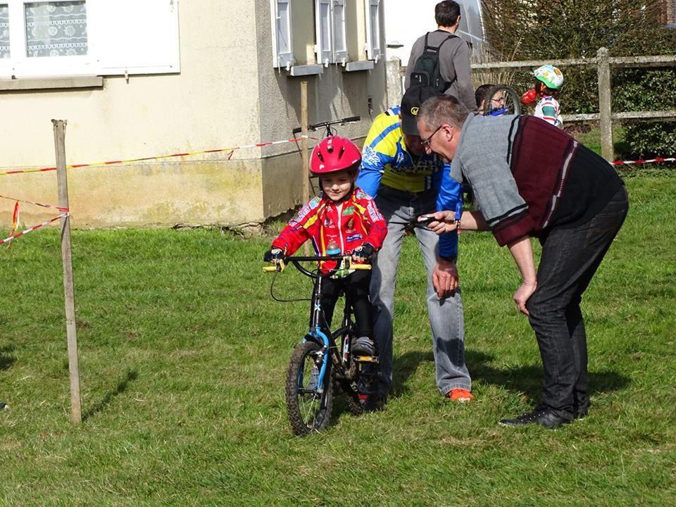 Album photos de la réunion école de cyclisme de La Ferrière sur Risle (27)
