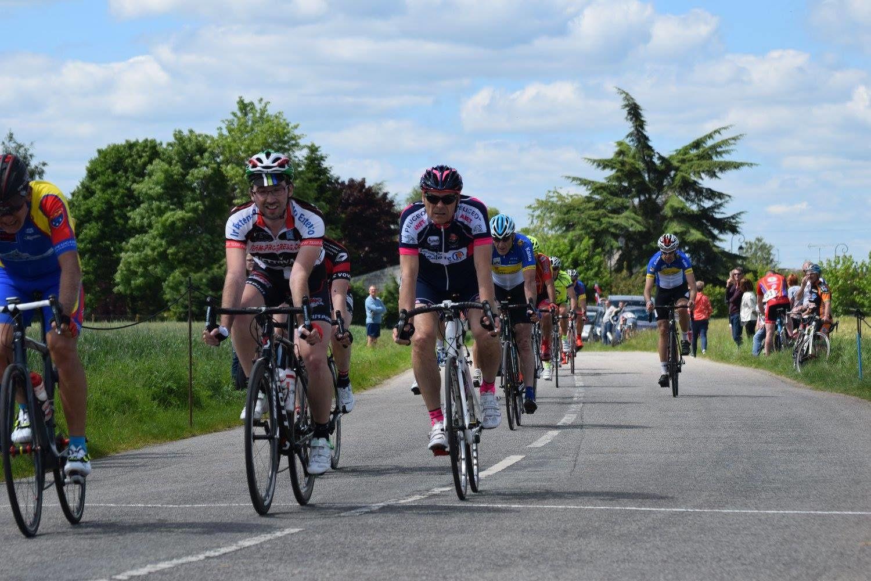 Album photos des courses UFOLEP 3 et GS du Fonville (28)