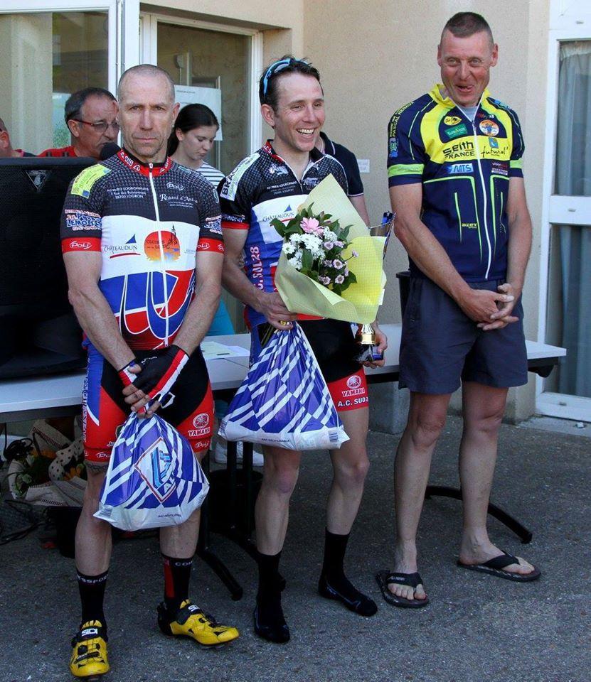 le podium des 1 avec 2ème Christophe Coutanceau (AC Sud 28) et 3ème Jean-Michel Boniface (AST Chateauneuf)