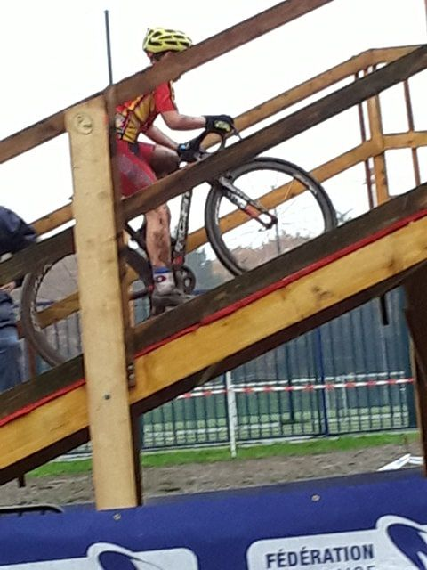 Les premiers résultats du cyclo-cross de Clamart (92)