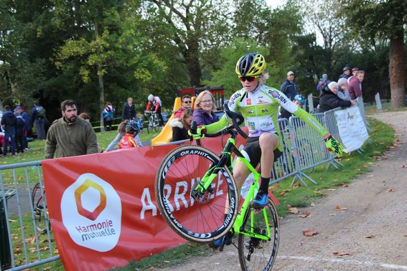 Louka Lesueur (UC Darnetal) champion de France cadets de cyclo-cross à Flamanville (50)
