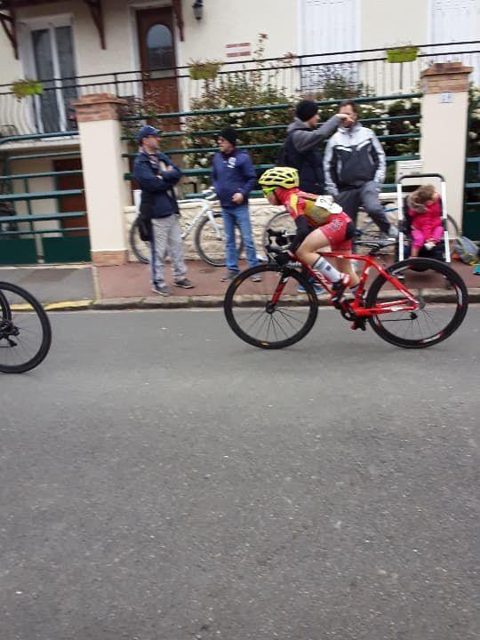 Les résultats complets des courses écoles de cyclisme de Corbeil Essonne (91)