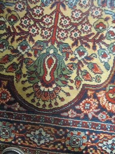 tapis d orient mains en  laine de 70x130 cm tres bon etat prix 130€ port possible+6€