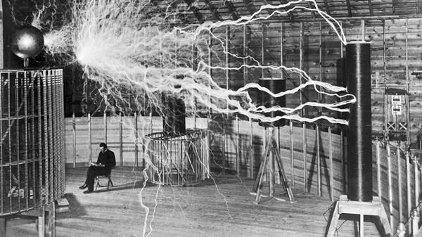 Nikola Tesla : Produire son énergie gratuitement
