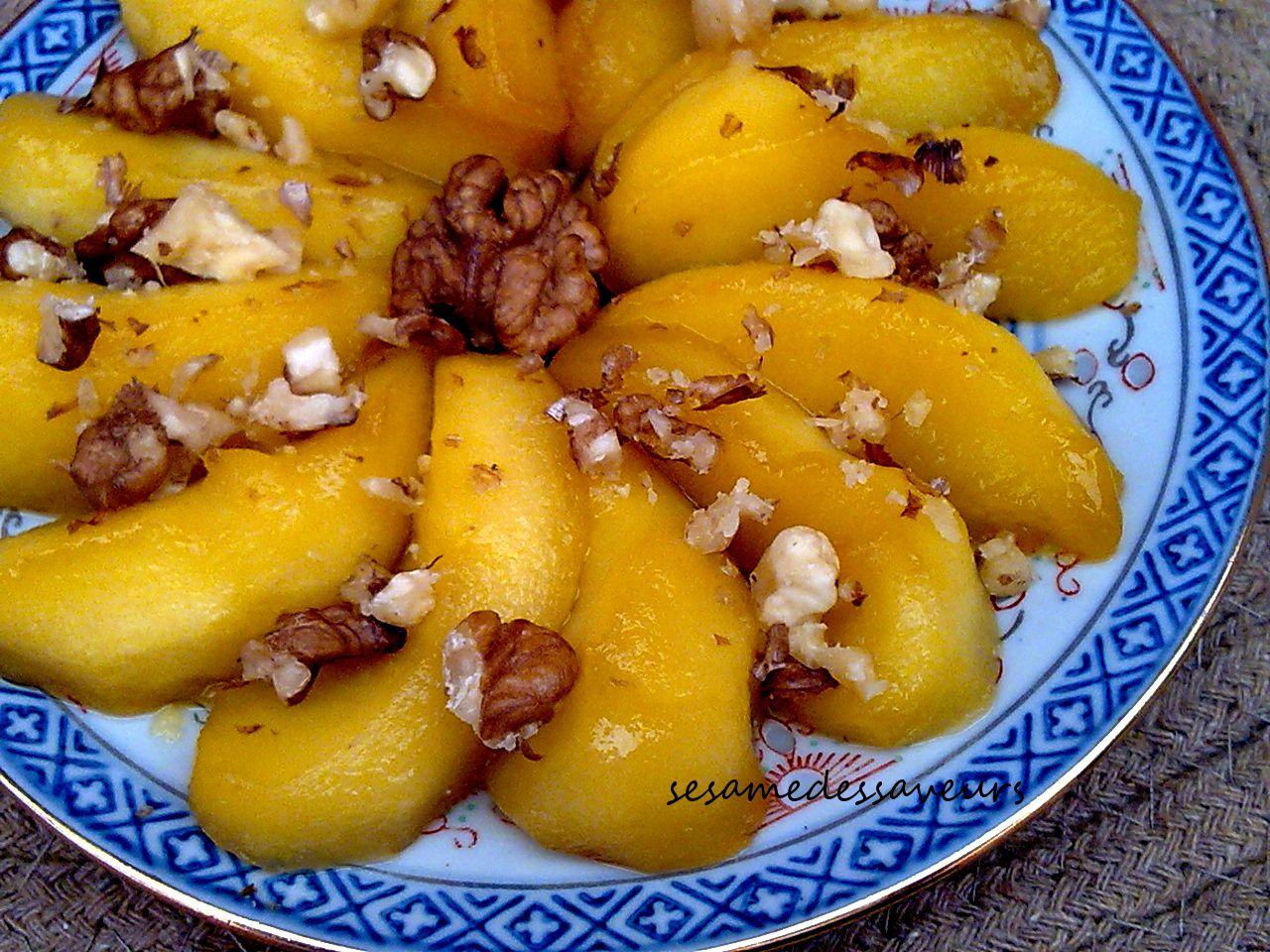 Pommes caramélisées aux noix