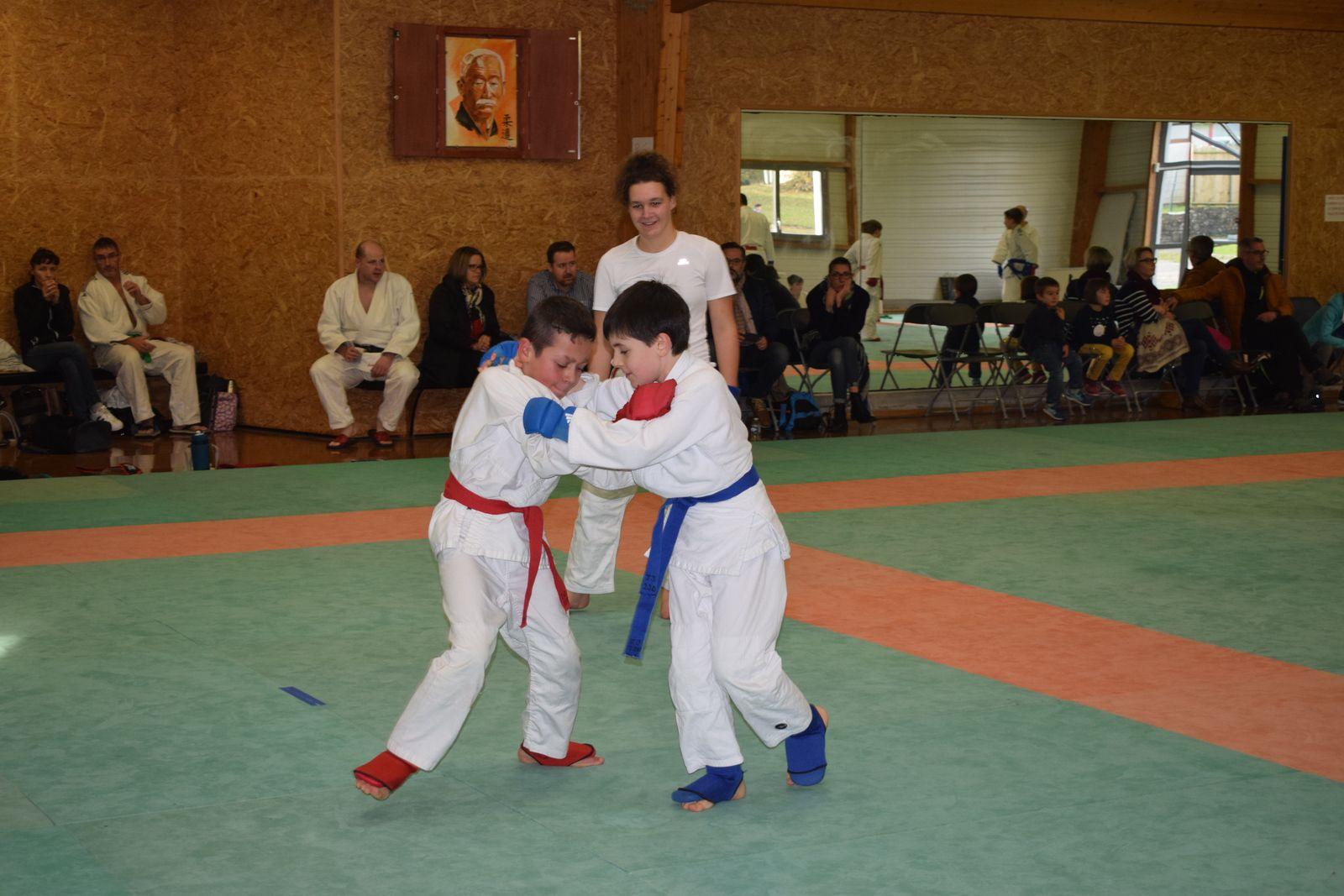 """Premiers Championnats de """"Jujitsu combat"""" dans le Finistère"""