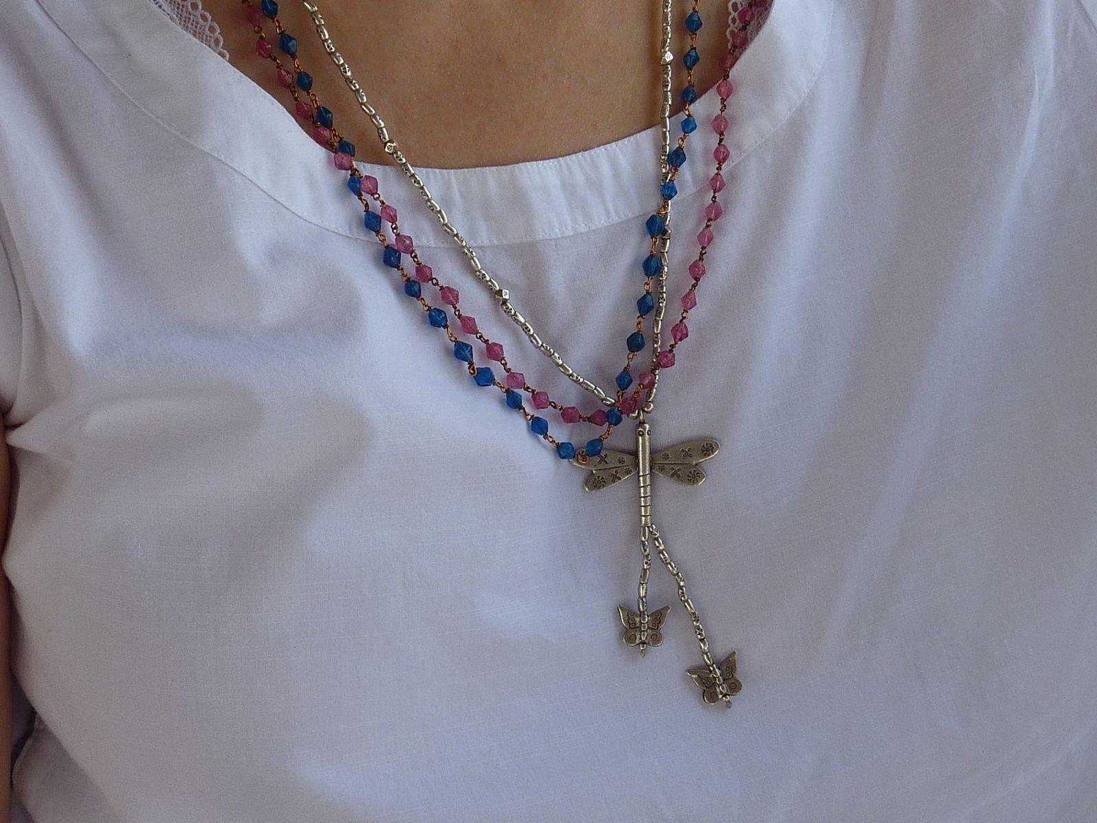 Deux petits colliers Narikurovars (pas le collier-libellule, celui-ci vient de Sardaigne, autre pays de mon coeur)
