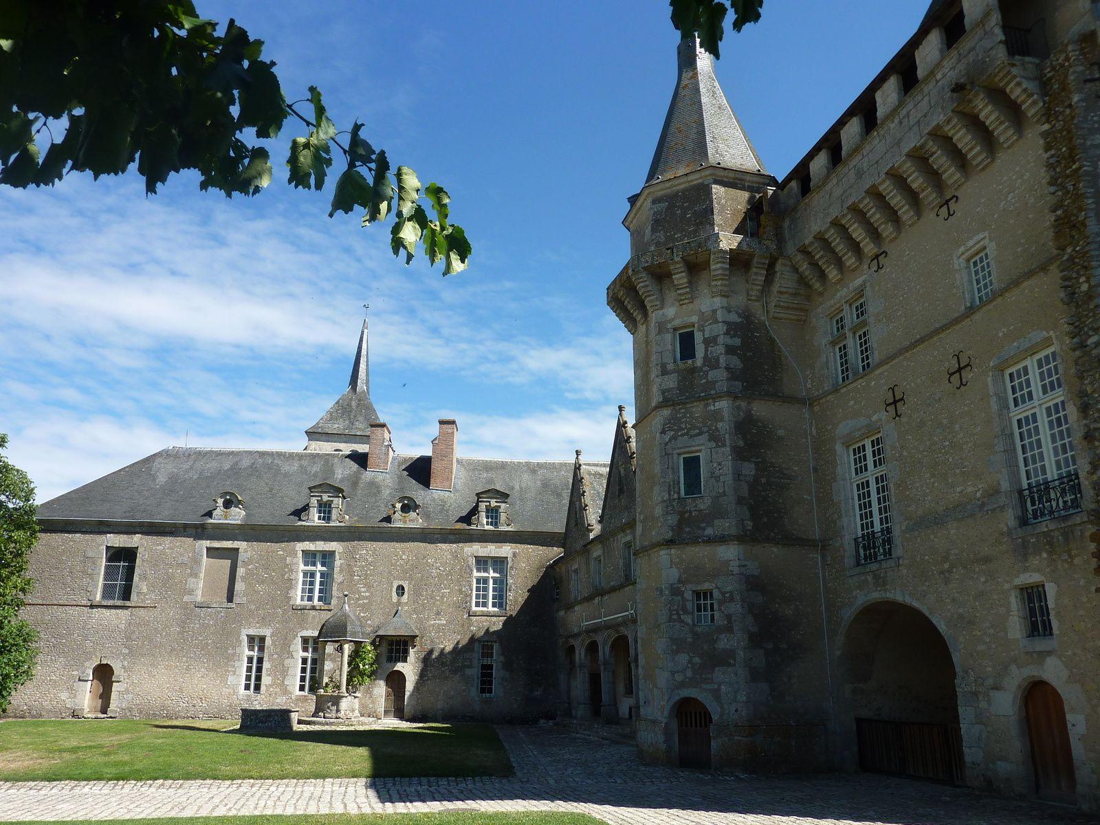 Talcy : chateau d'histoires et de poésies
