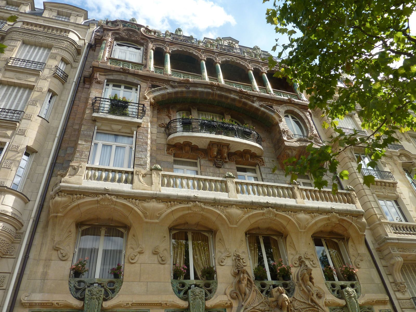 Le 29 avenue Rapp à Paris ou l'exubérance de l'Art nouveau