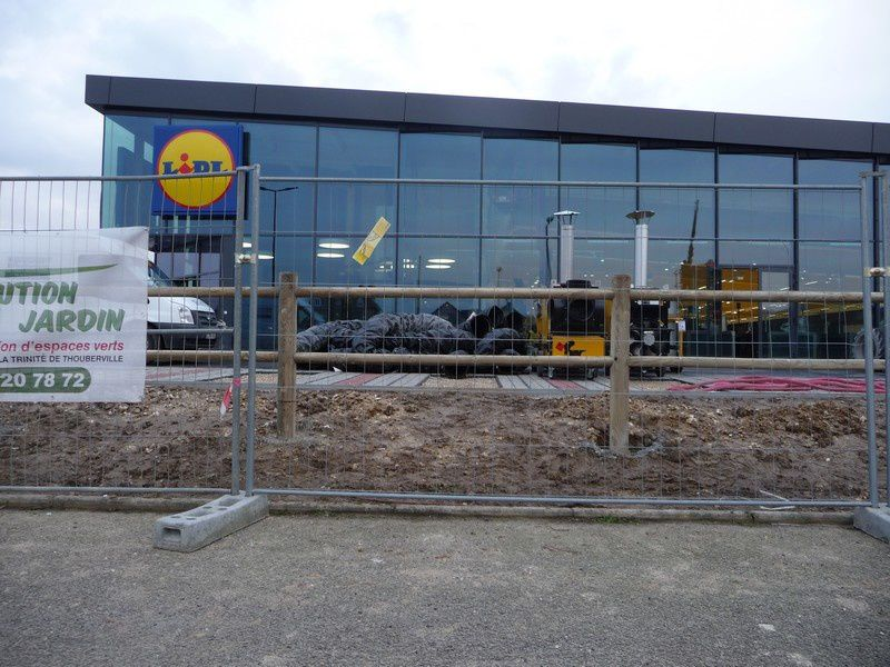 Rectificatif à propos de la zone commerciale du grand LIDL de Grand ...