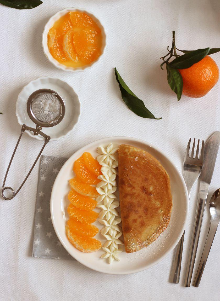 Pancakes aux clémentines & fleurs de crème chantilly