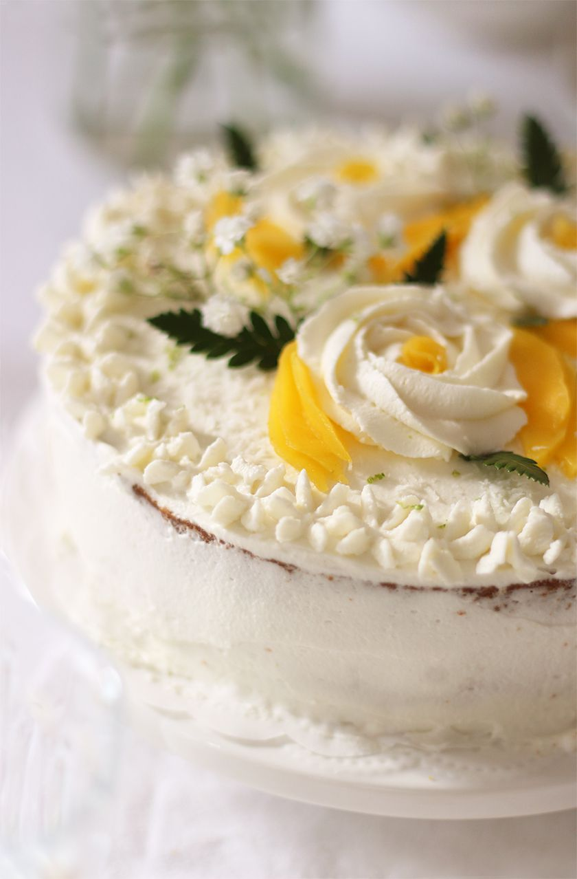 Layer cake rose coco-mangue