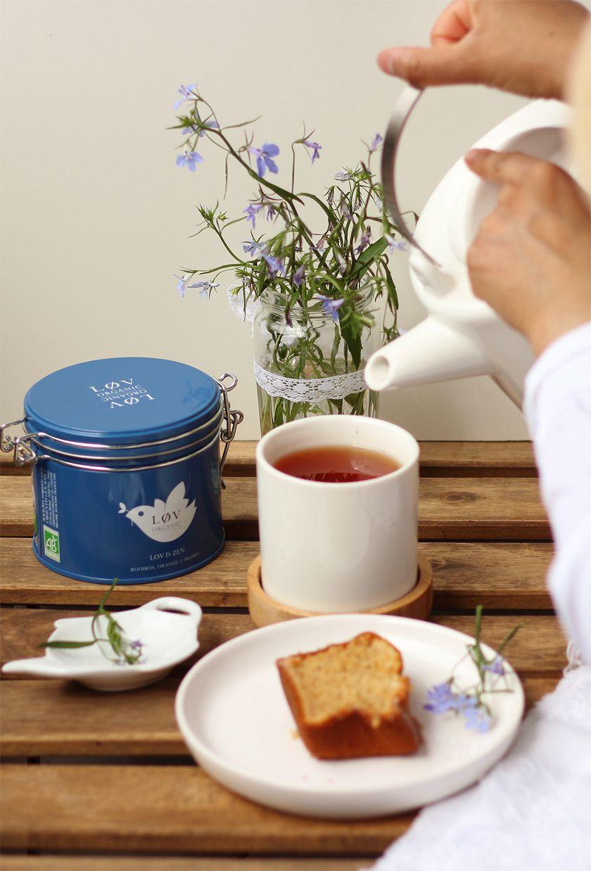Invitation au balcon pour le tea time pendant le confinement