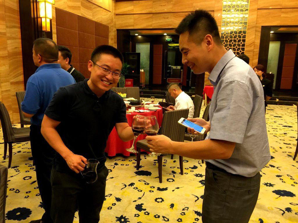 Xi'An. Signature heureuse à l'International Fruit Congress