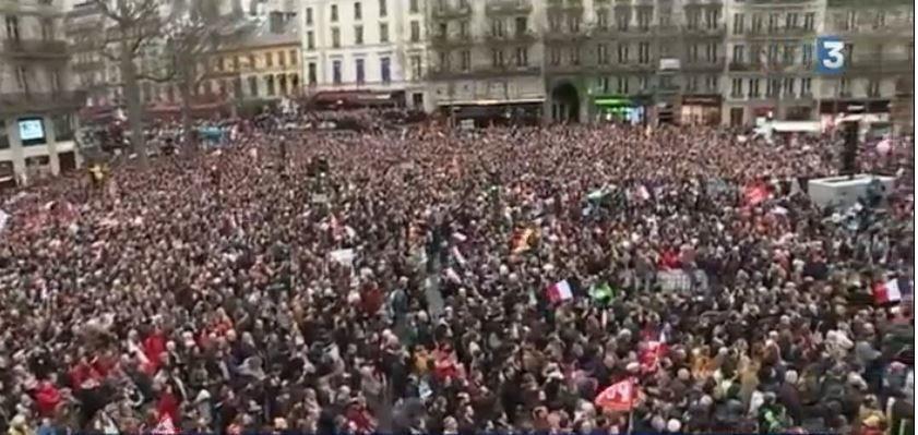 Des dizaines de milliers de citoyens avec J.L. Mélenchon pour la 6ème république