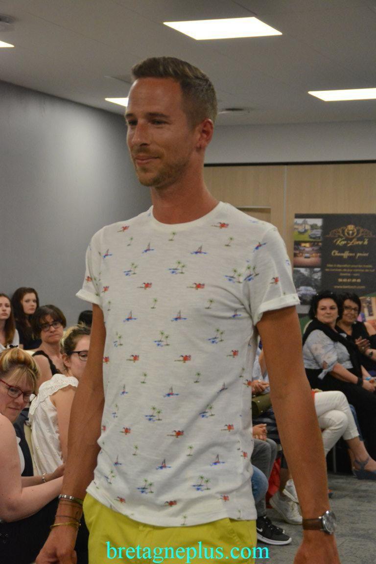 Défilé de Mode organisé par l' association Les Elégantes Courbes