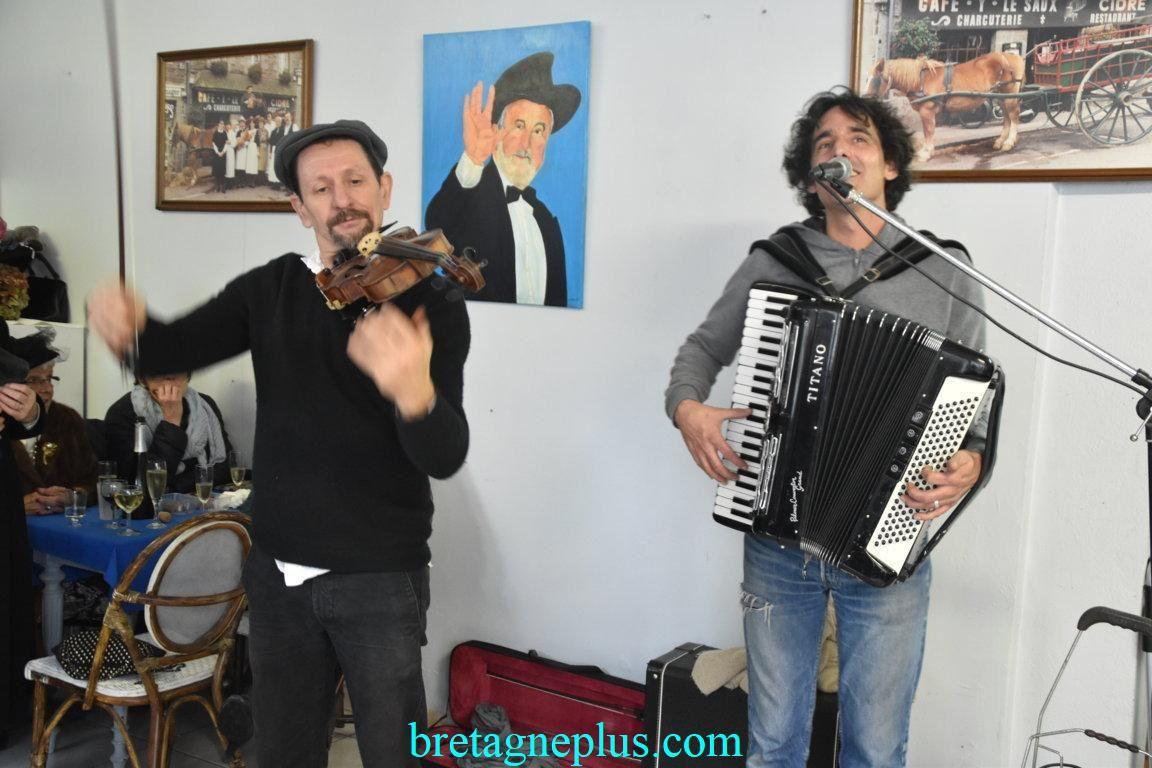 Festival des chanteurs de rue de Quintin 2019