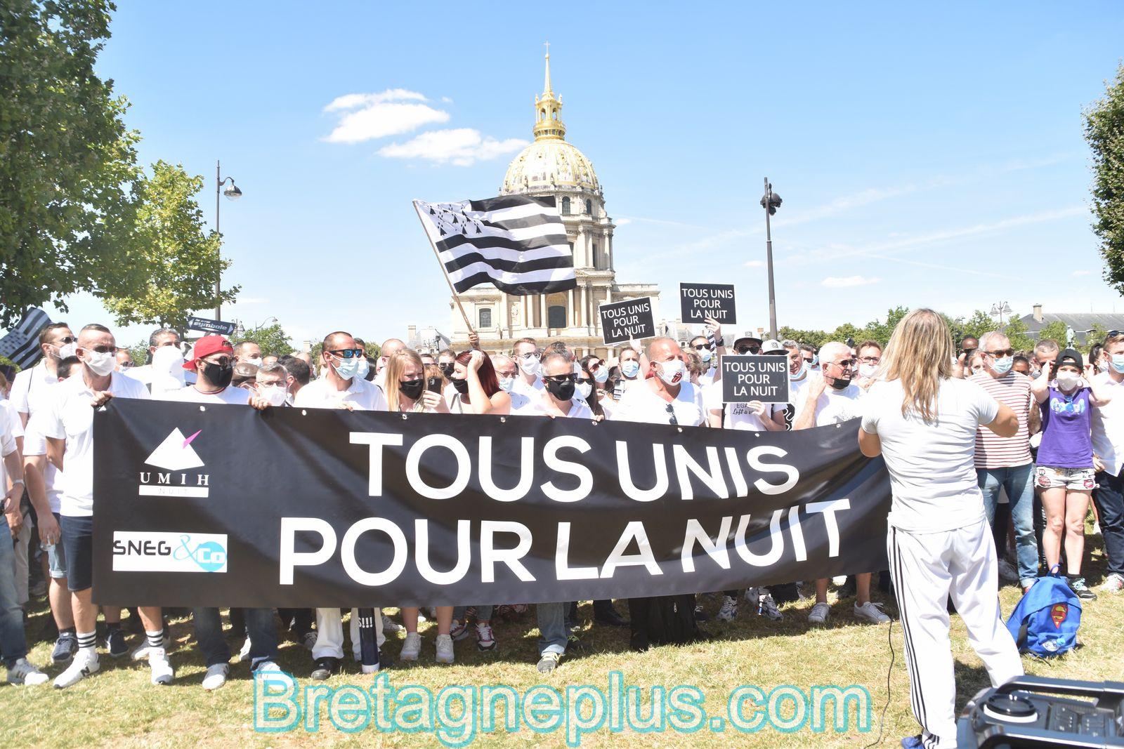 Rassemblement du monde de la nuit à Paris