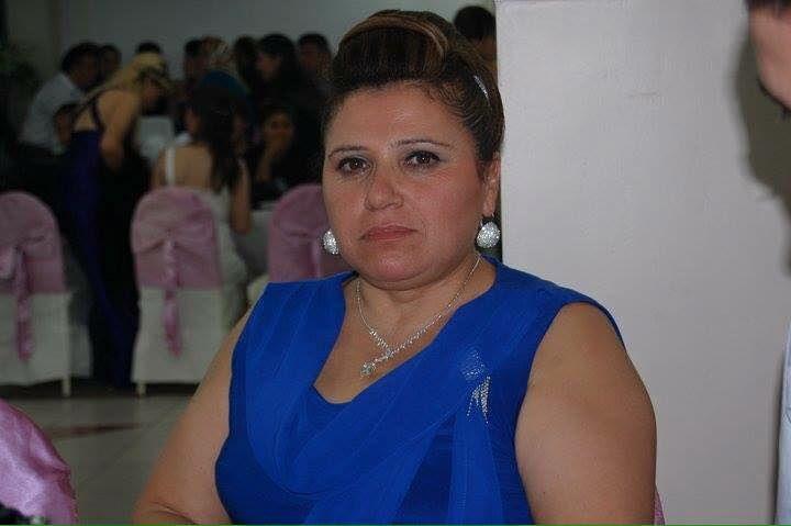 Nazegül Boyraz, de famille alévie, 55 ans et mère de quatre enfants, dont Yasemin, qui est au conseil municipal de Maltepe (photo: http://yenimaltepegazetesi.com/yasemin-boyrazin-aci-gunu/)