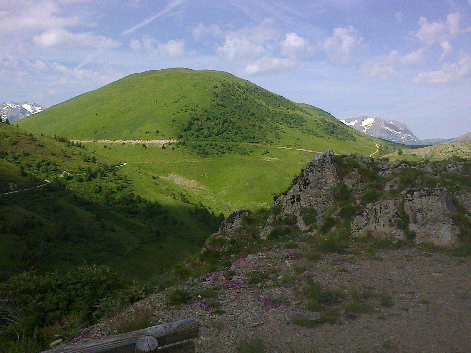 Le Signal de l'Homme, souvenir de vacances à AURIS en 2001, j'avais grimpé tout au sommet à VTT
