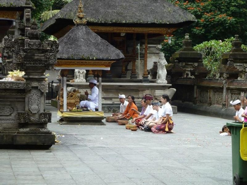 Âme d' Asie - temple de purification à Bali