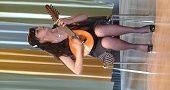 Photo André Bouchut - Katherine Lasso Castillo,  autre artiste du groupe. Son site https://www.facebook.com/KathyPajarita?fref=ts
