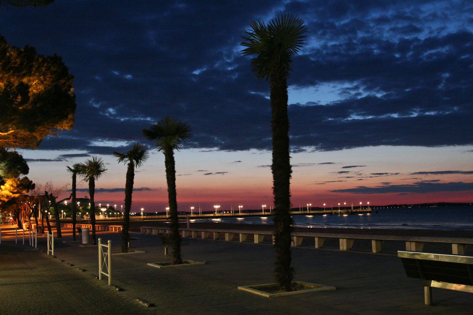 Lumière du soir en bord de mer