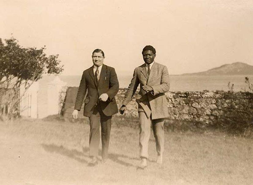 «Battling SIKI, Amadou M'Barick FALL (Saint-Louis 22 sept 1987- New York 16 décembre 1925), un boxeur sénégalais champion du monde», par M. Amadou Bal BA - http://baamadou.over-blog.fr/