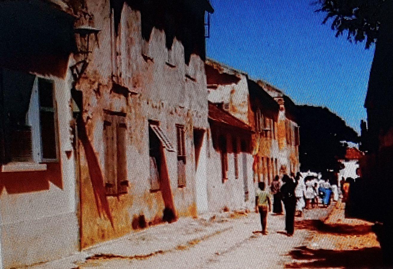 «L'île de Gorée au Sénégal : sa merveilleuse, passionnante et tragique histoire», par M. Amadou Bal BA», - http://baamadou.over-blog.fr/