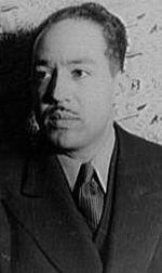 Langston HUGHES, poète et chef de file de Harlem Renaissance.